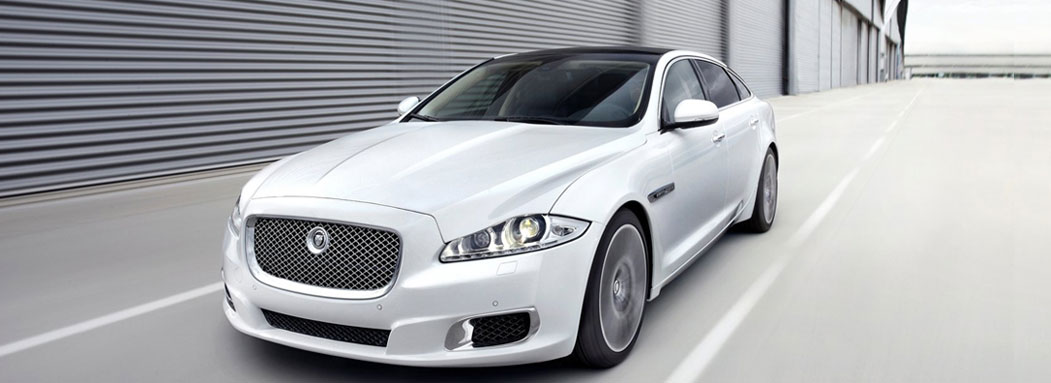 Beau Hire Holden Chauffeured Car. Jaguar Chauffeur Car Hire